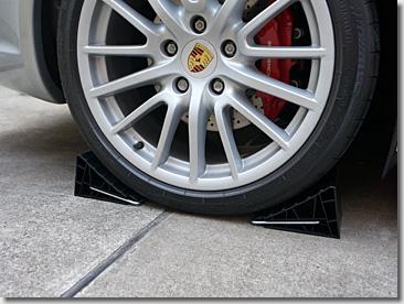 Jacking Up Porsche 911