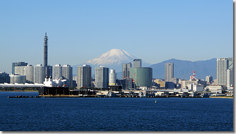 Mt.Fuji from Yokohama Minato Mirai